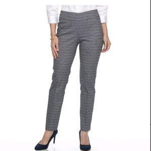 ⬇️35 Dana Buchman slimming Pull-On pants L